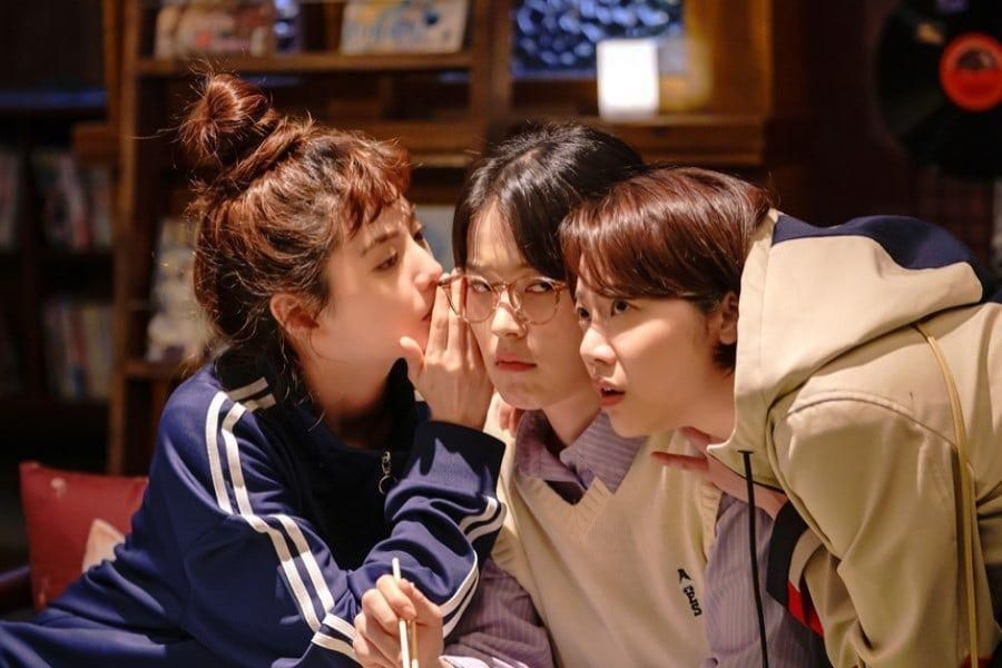 "Nana, Shin Do Hyun, And Kim Mi Soo Are A Trio Of Incredibly Tight Friends In ""Into The Ring"""