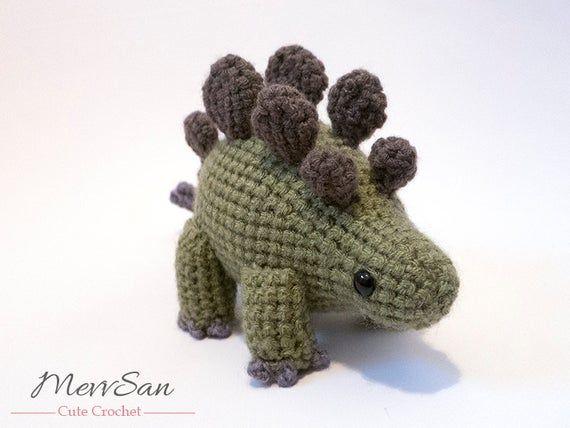 Crochet PATTERN PDF - Amigurumi Stegosaurus Dinosaur - amigurumi dinosaur pattern, crochet dinosaur, #crochetdinosaurpatterns