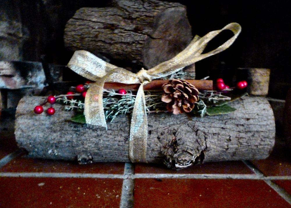 The Yule Log Yule celebration, Christmas yule log, Yule