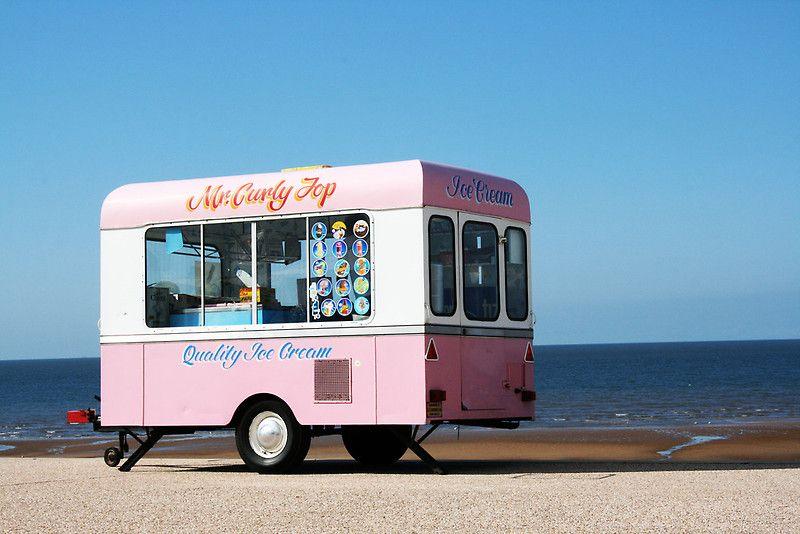 Vintage Ice Cream Truck by kellyponies