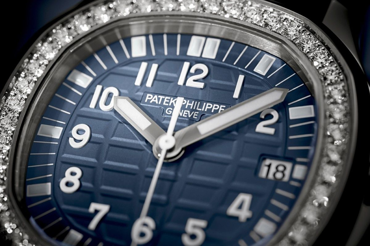 d07d51d5ba3356 Patek Philippe présente l Aquanaut Luce « Misty Blue »   Actualité ...