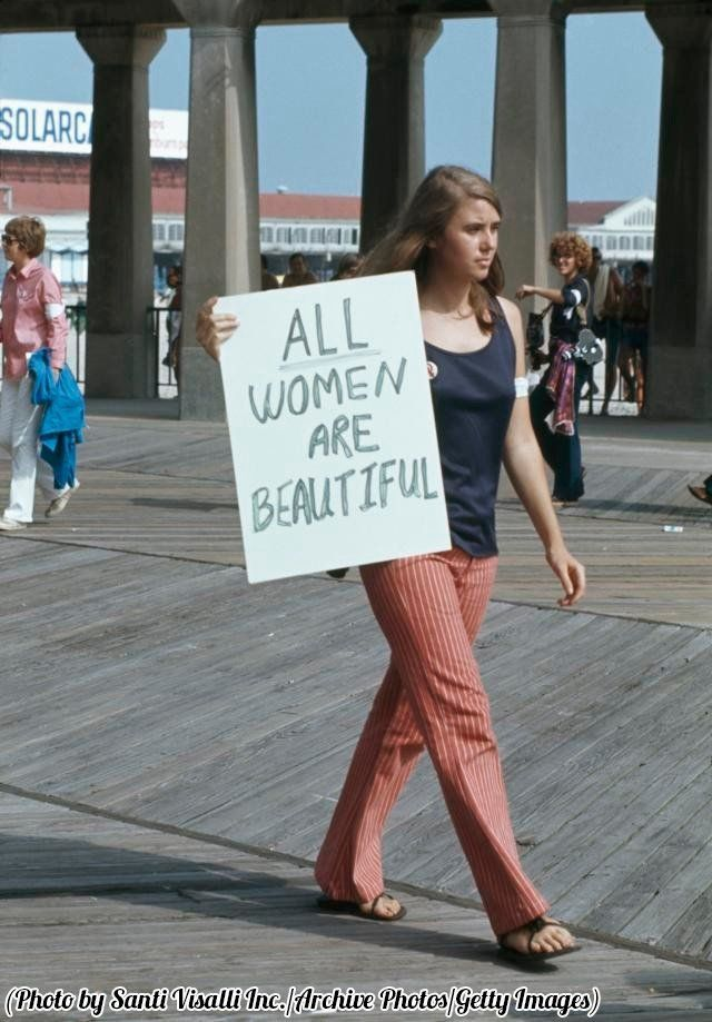 A protest against the Miss America Pageant at Atlantic City New Jersey 1969. https://t.co/wpvHSAJMzW