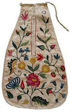 Linen pocket with embroidered woollen floral design, eighteenth century © Fashion Museum, Bath - Bath and North East Somerset Council - VADS pocket collection!