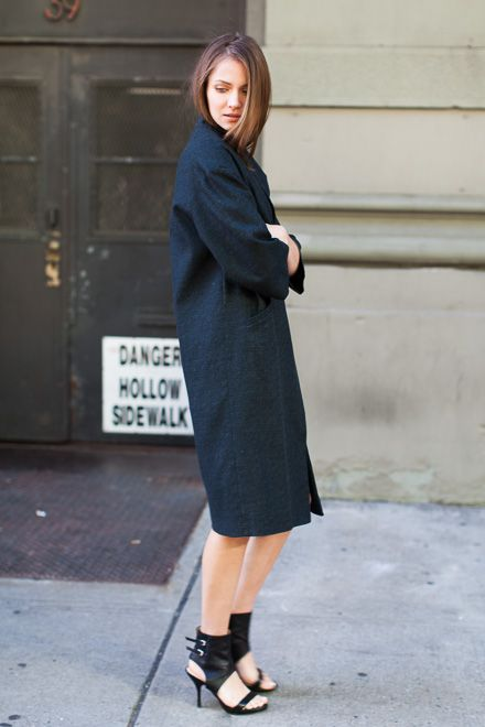 Drop Shoulder Coat - Opera Black / Italian Cuff Heel - Black