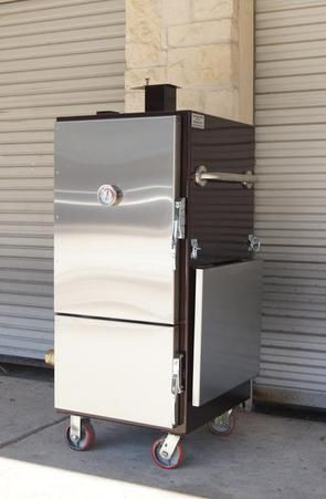 Insulated BBQ Smokers | Lone Star Grillz - I want this! Mounted on a