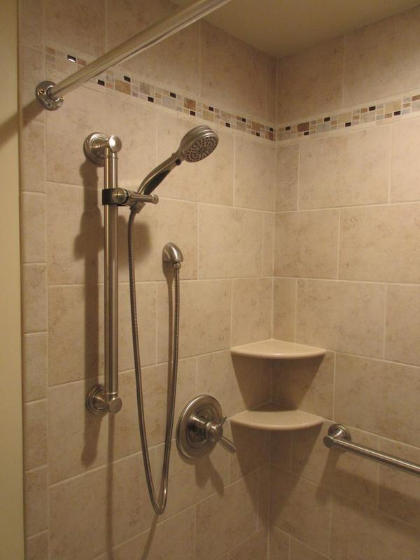 Delta 51900 Slide Bar Hand Shower Shower Curtain Rods