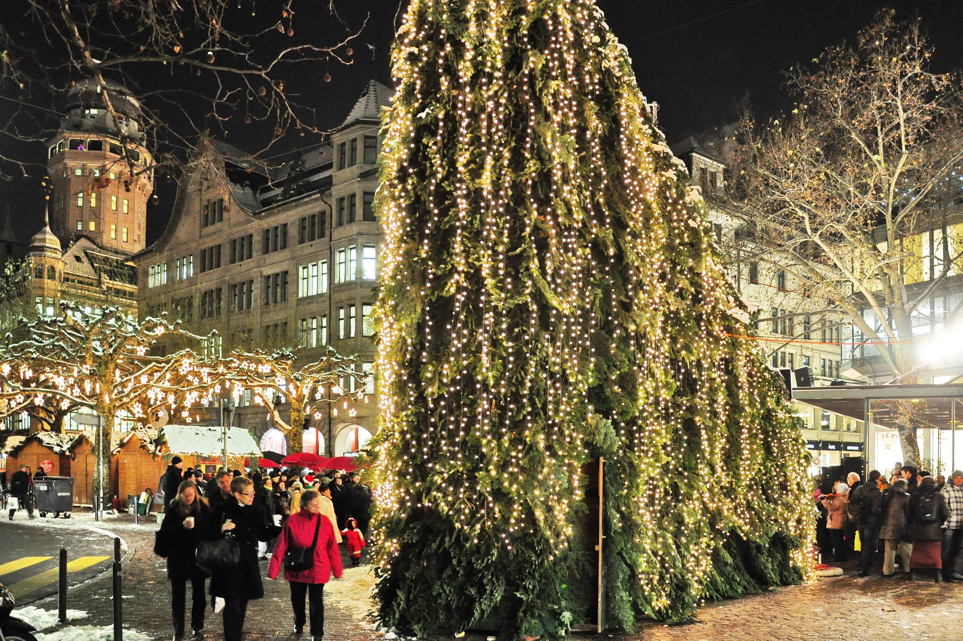 Earth And World 2020 Popular Magazine Christmas In Europe Places Beautiful Places To Visit