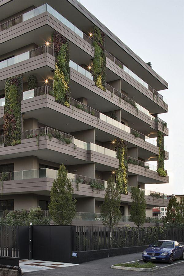 Giardini verticali edificio facciata architettura for Architettura giardini