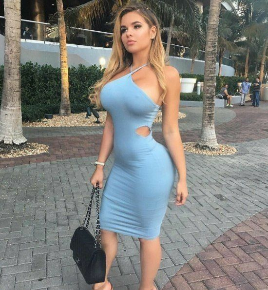 Mature ass blue dress