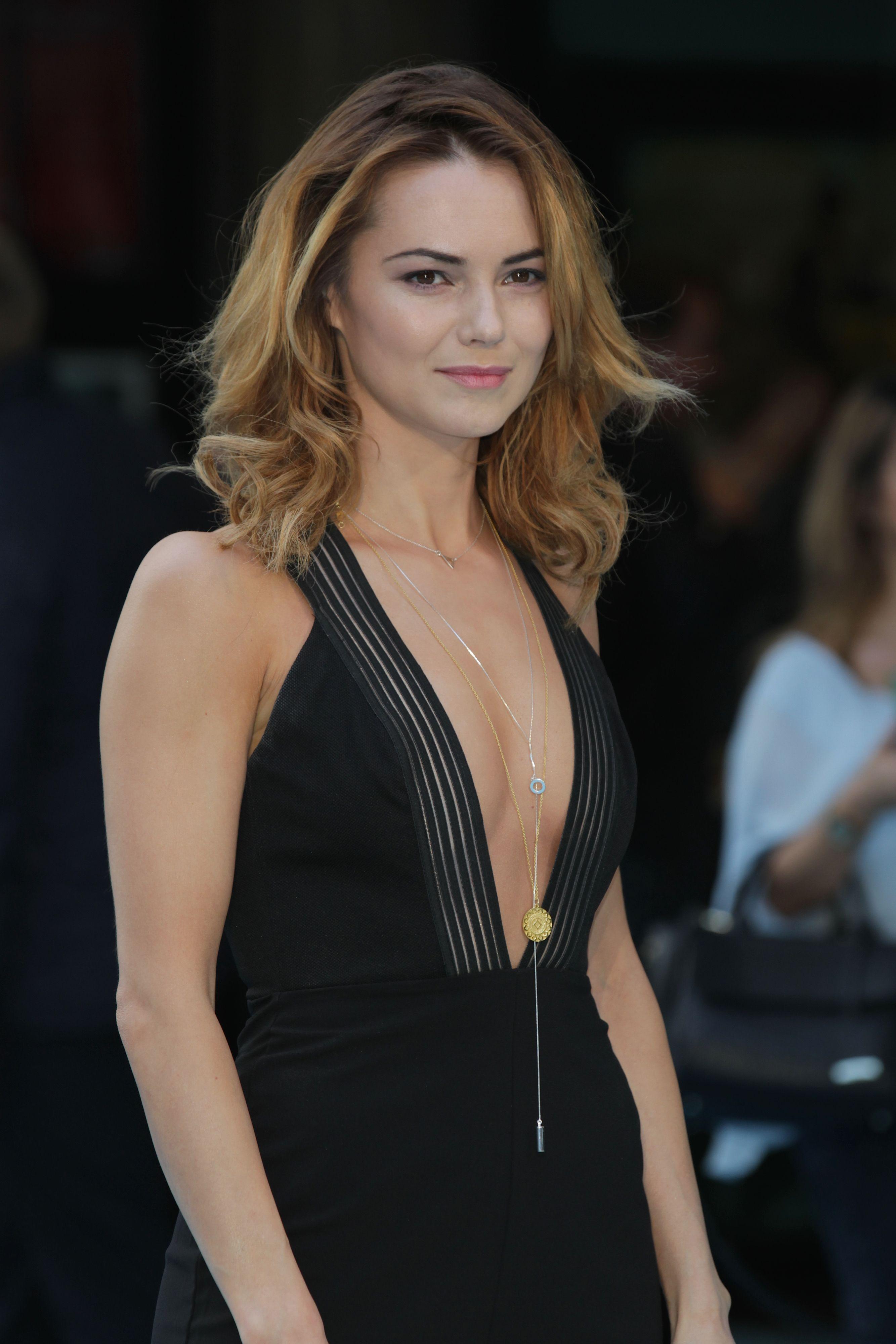 Female british actresses young 20 British