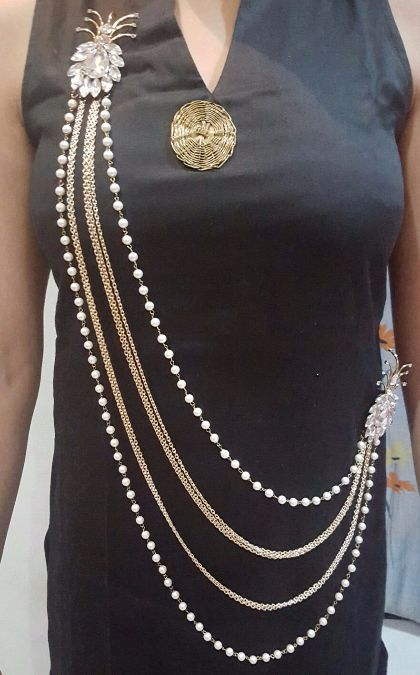 e3e6f7e7fb0 Looking for some brooches or saree chain or kamarband. Check with us for  more options