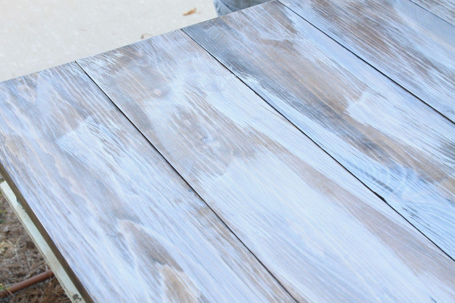 How To Create A Weathered Wood Gray Finish Weathered Wood Wood How To Distress Wood