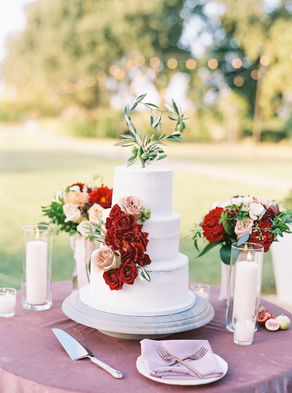 Burgundy And Blush Is The Color Palette Your Wedding Is