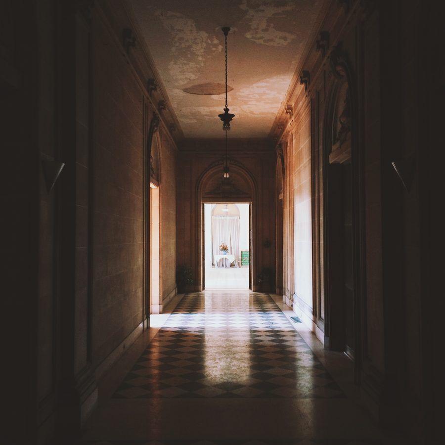 David Dangerous Entrance Hall Victorian House: 7. Entries, Vestibules & Hallways