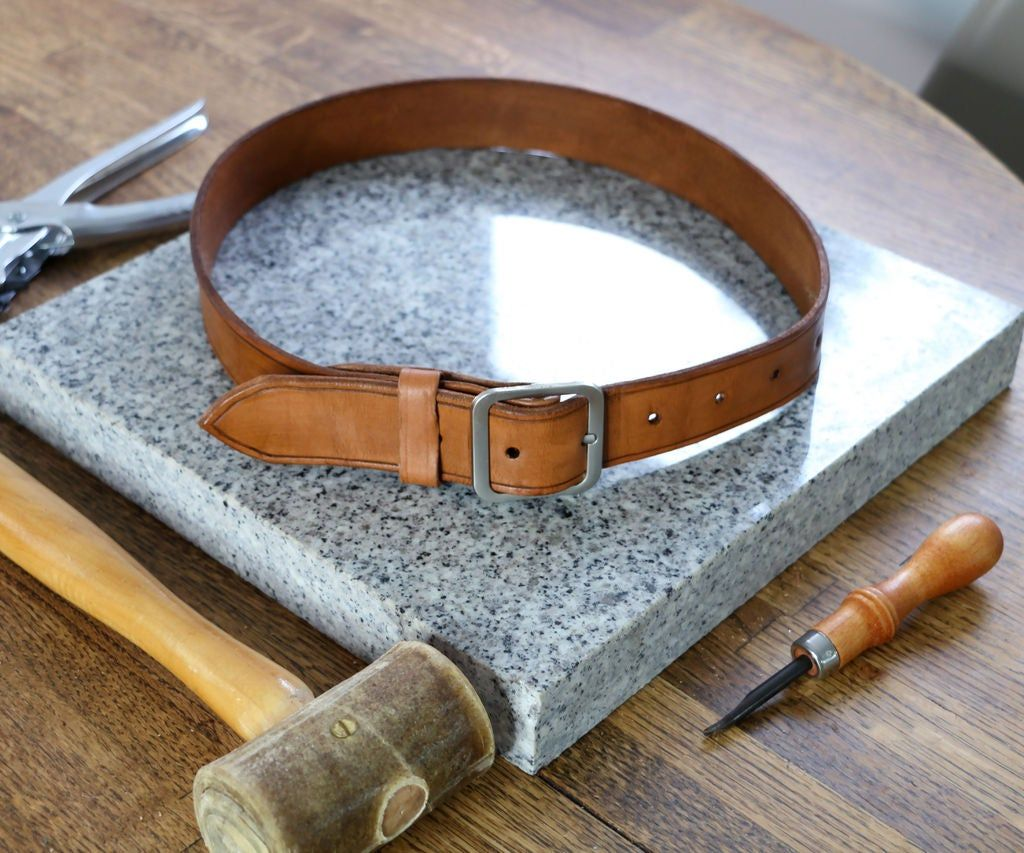 How To Make A Leather Belt Diy Leather Diy Leather Tote Leather Journal