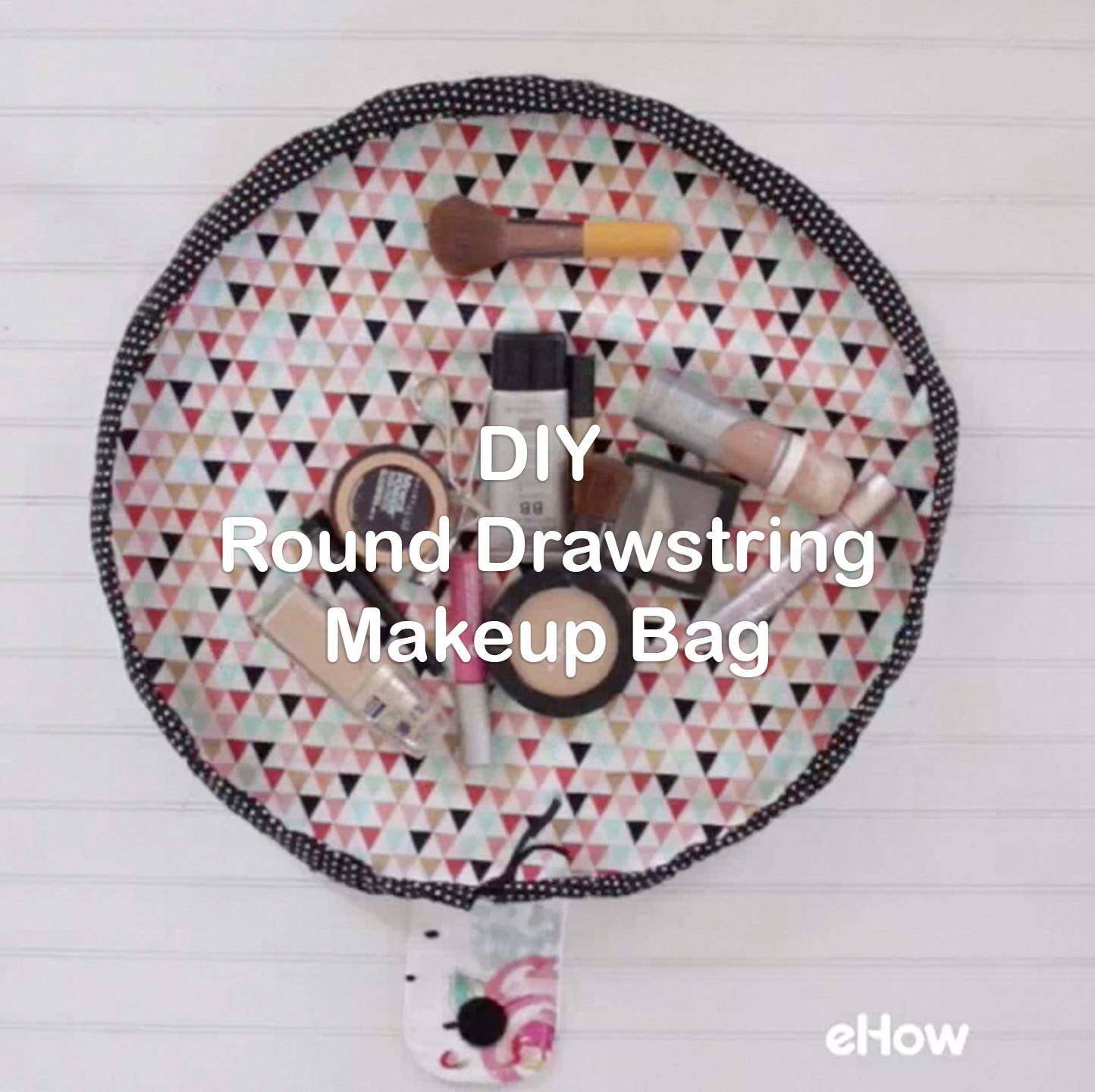 DIY Round Drawstring Makeup Bag
