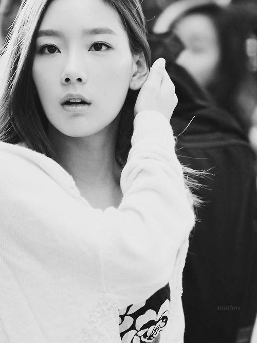 #Taeyeon #snsd #gg #fantaken #edit #BW