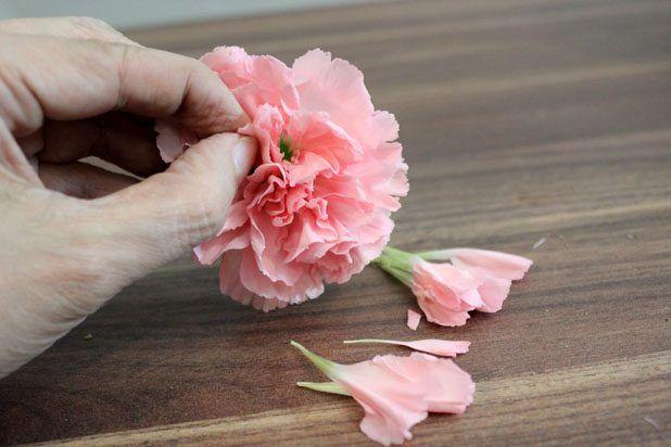 Perform A Carnation Hack Flower Arrangements Flowers Fresh Flowers Arrangements