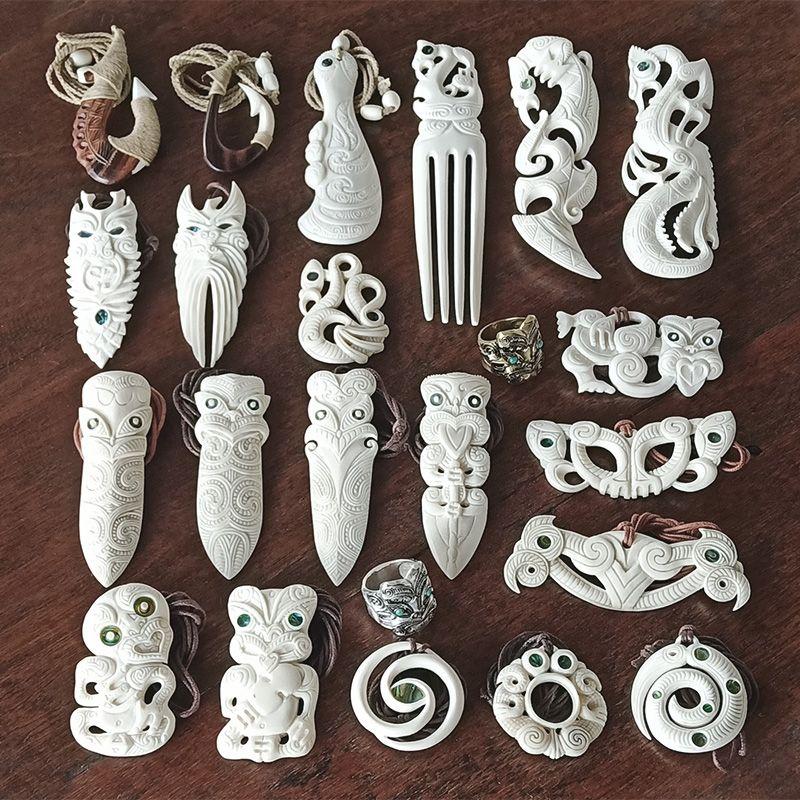 Maori Necklace Bone Carvings Bone Carving Maori Art Polynesian Art