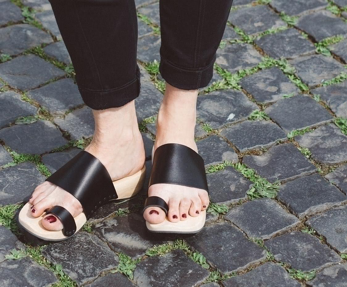Trippen, Zen Holz Damen Pantolette, schwarz | Holzschuhe