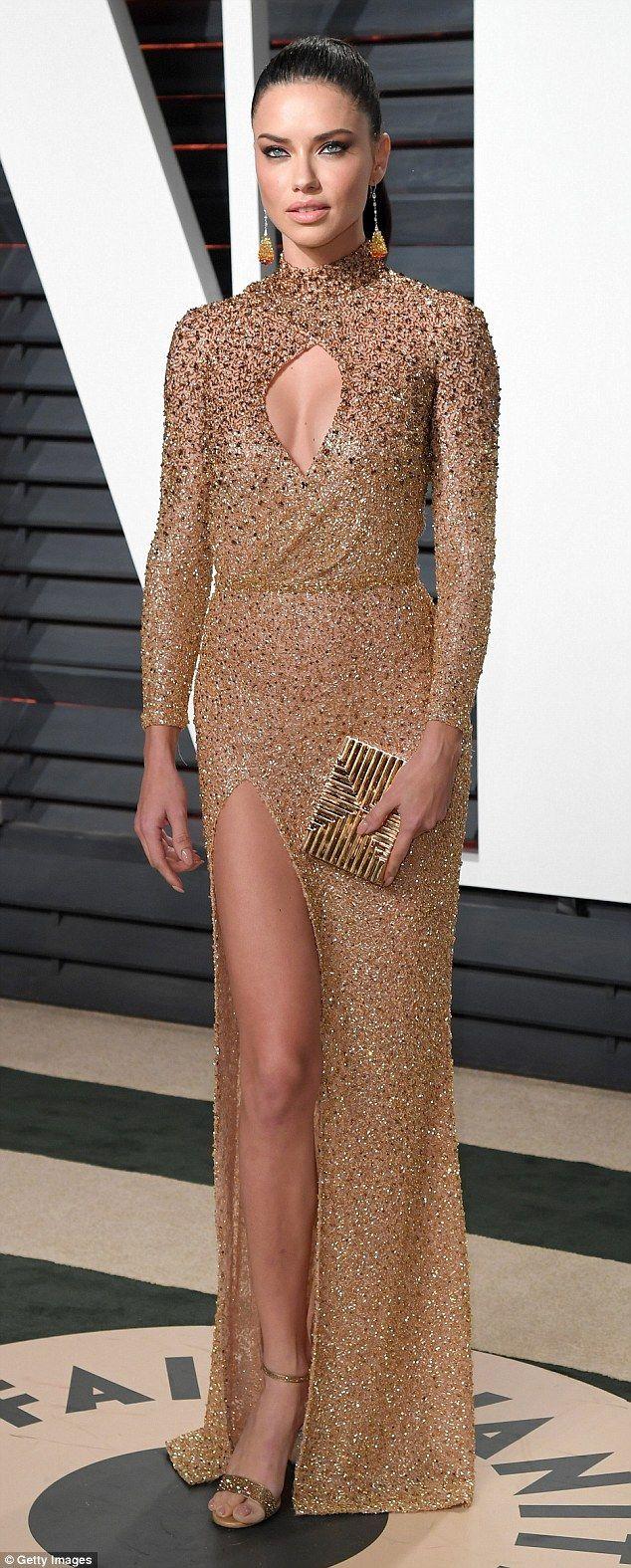 Victoria S Secret Stunner Adriana Lima Splits From Julian Edelman Dress To Impress Adriana Lima Modern Gown