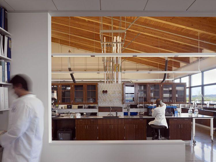 "<b>Project:</b> City of Watsonville Water Resources Center<p></p><b>Location:</b> Watsonville, California<p></p><b>View:</b> Labs<p></p><b>Architect:</b> <a href=""http://www.wrnsstudio.com/"">WRNS Studio</a><p></p><p></p><b>Photo by</b> Bruce Damonte."