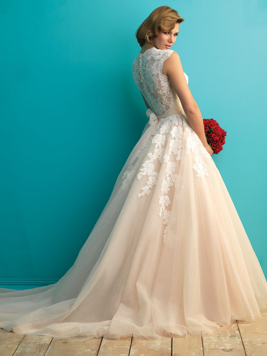 Just in allure bridal style full lace back and floaty