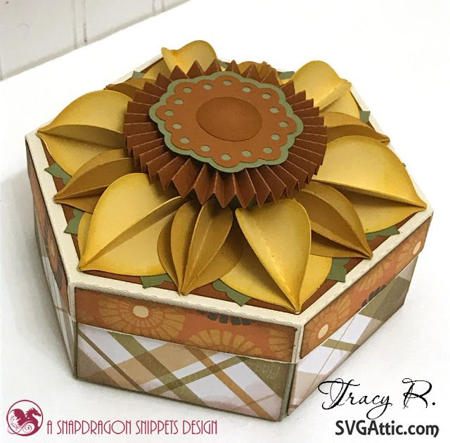 SVG Attic Blog Sunflower Box with Tracy Papercrafts/SVG Pinterest - Trabajos Manuales
