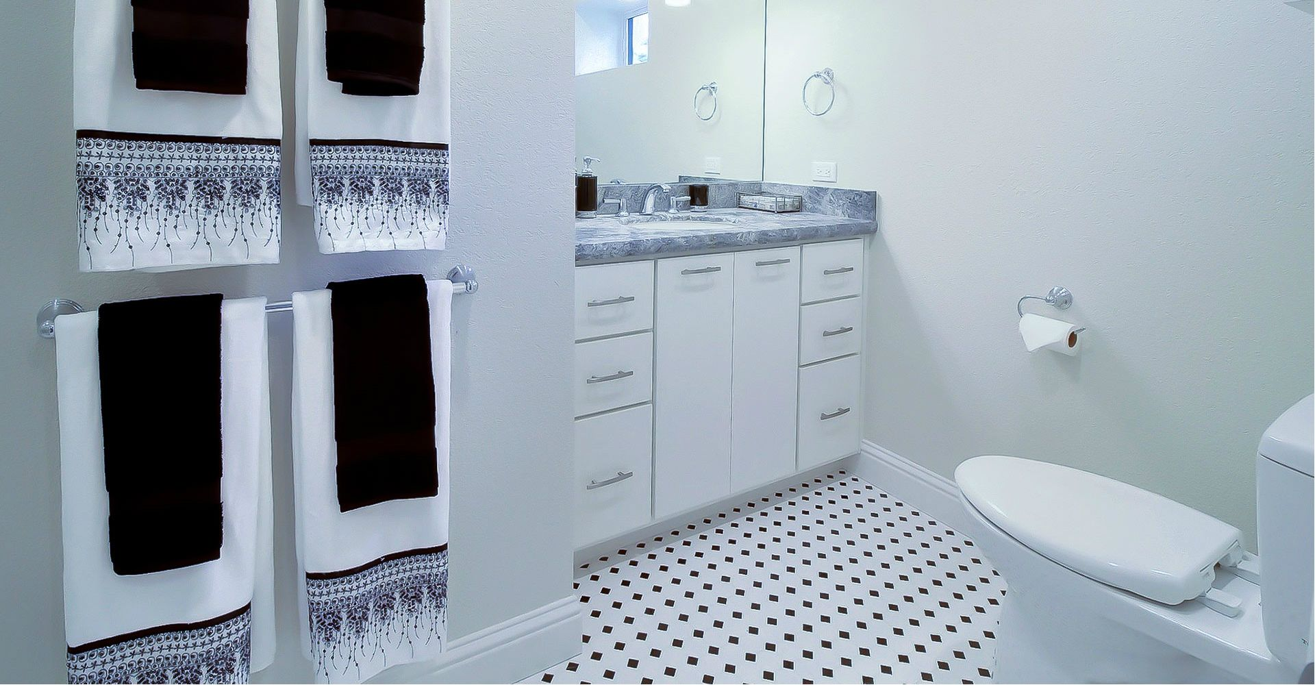How Much Value Does A Bathroom Remodel Add To A Home Bathrooms Remodel Big Bathrooms Remodel