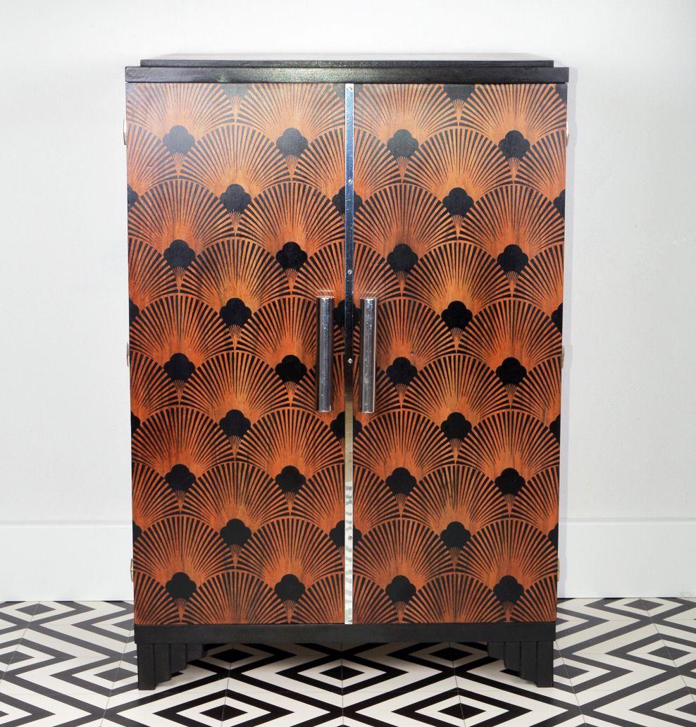 Mon Premier Grand Transfert Sur Bois Au Motif Seigaiha Que J Adore Buffet Art Deco Revisite A Ma Sauce Che Mobilier Recycle Motif Art Deco Mobilier De Salon