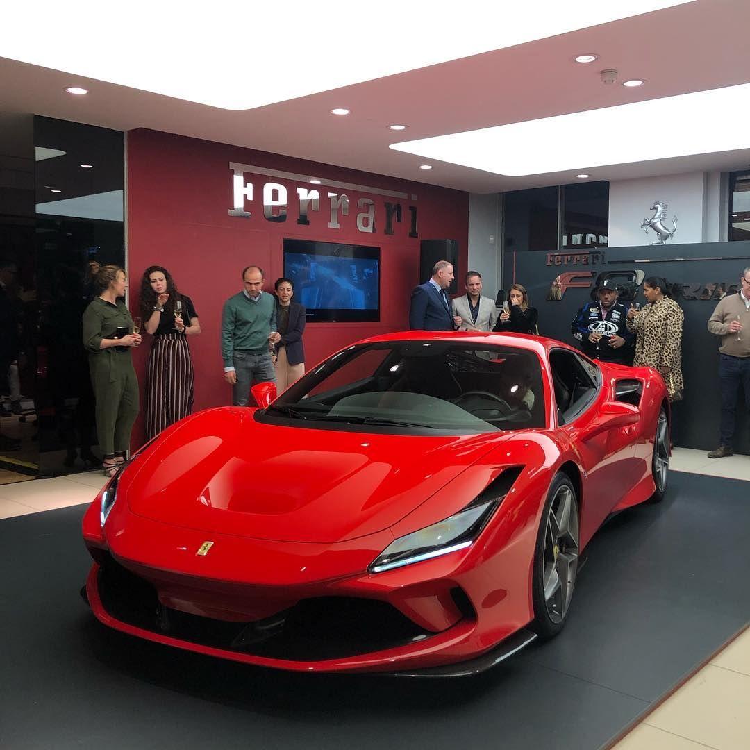 H R Owen London Ferrari Di Instagram First Uk Showing Of The F8tributo At Our Brompton Road Showroom Tonight Thanks To All Ferrari Ferrari Car Super Cars