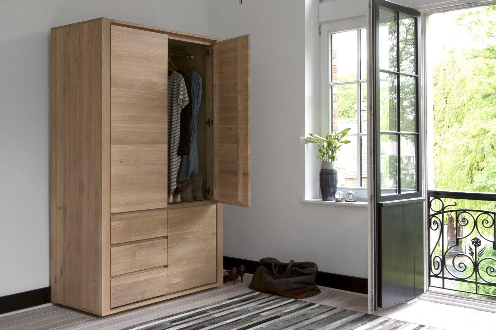 Ethnicraft Oak Shadow Dresser Kleiderschrank