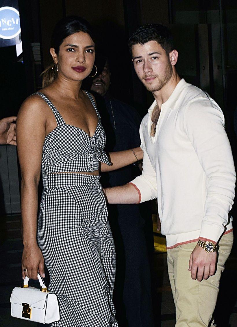 Nick Jonas Bestatigt Beziehung Zu Priyanka Chopra Priyanka Chopra Beziehung Musik