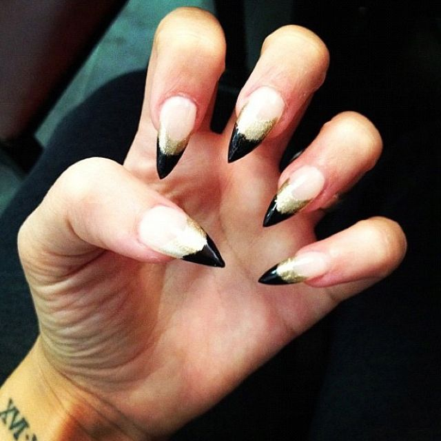 Vampire Nail Polish: Vampire Nails #instagram