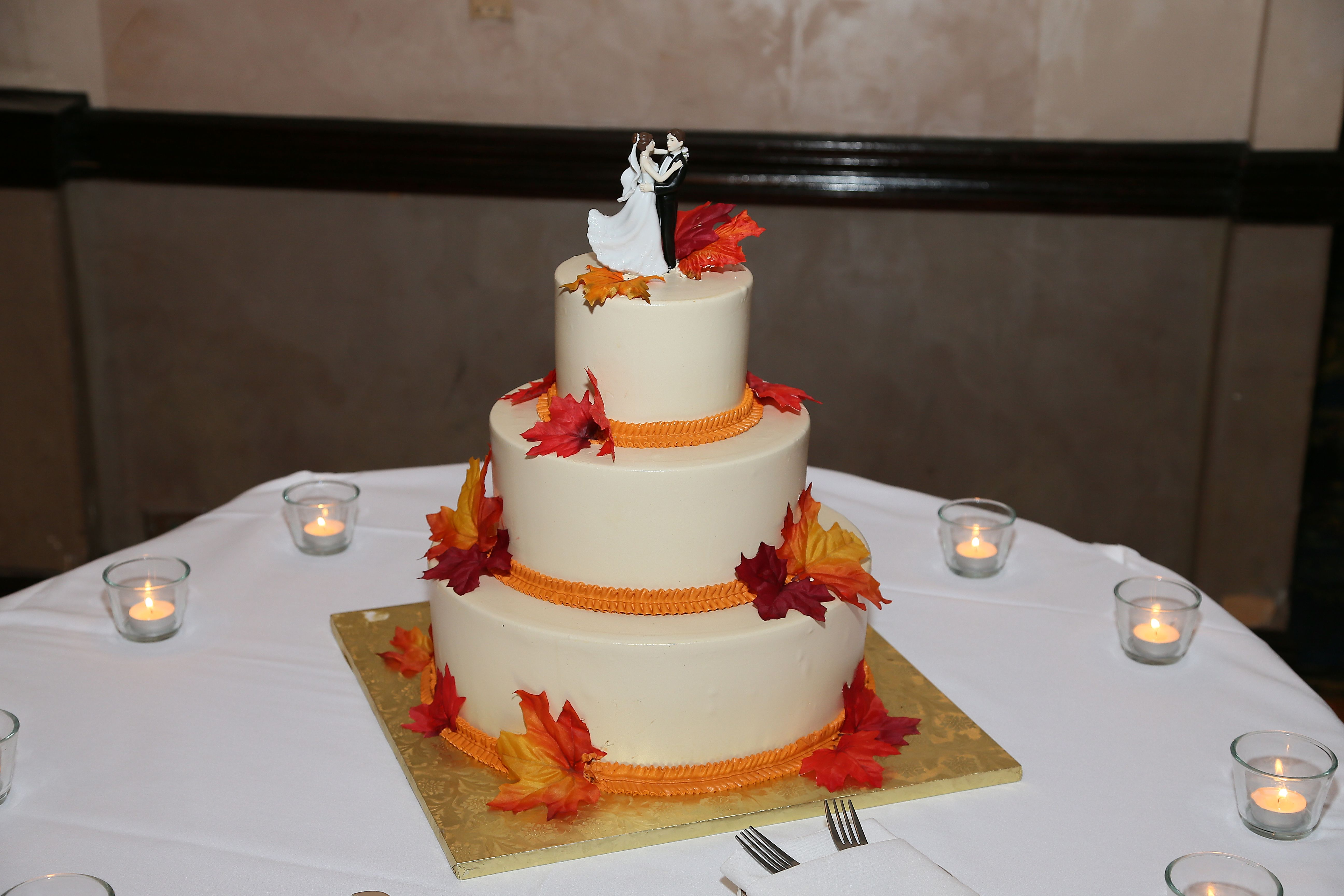 Fall wedding cake!