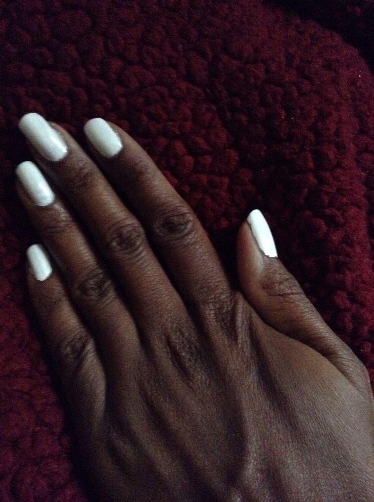 I Like The All White Nail Look White Coffin Nails Dark Skin Makeup Skin Makeup