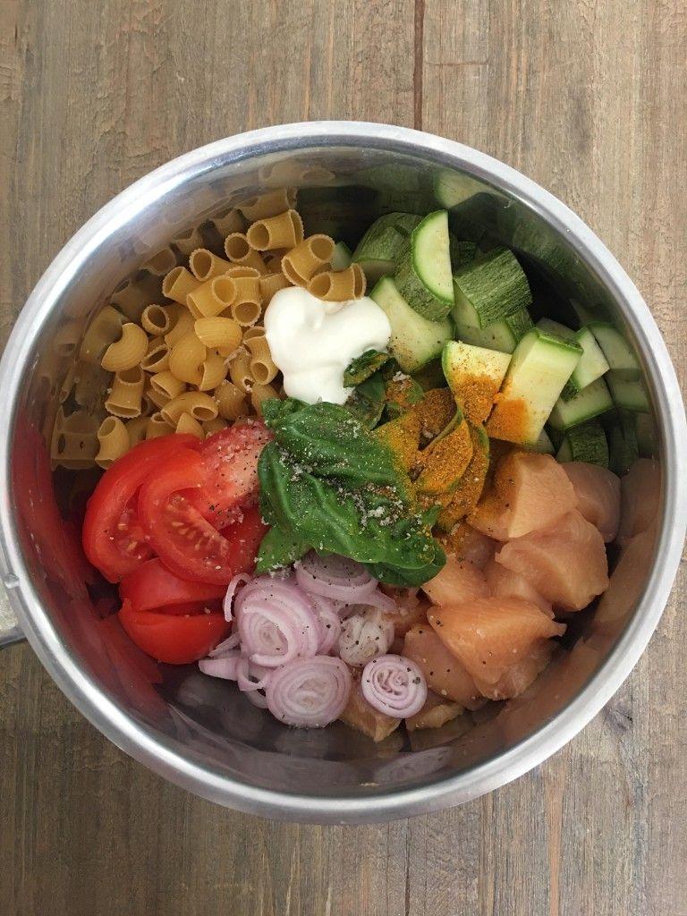 One pot pasta poulet, courgettes, curry - Rachel cuisine #onepotpastarecettes
