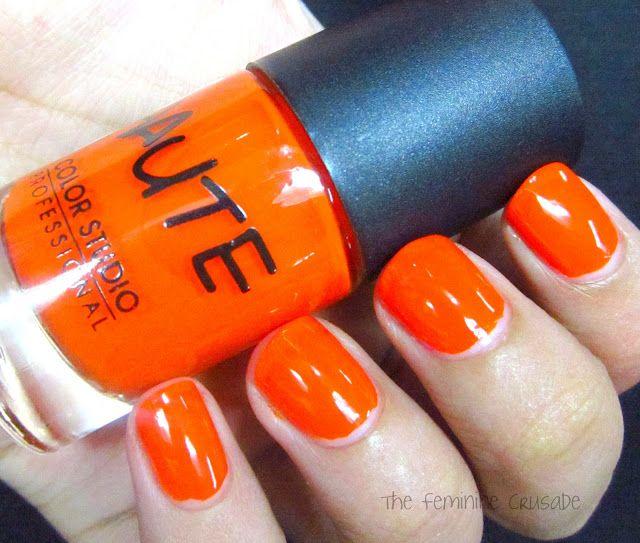 The Feminine Crusade: Color Studio Professional Haute Nails - Haute Wheel