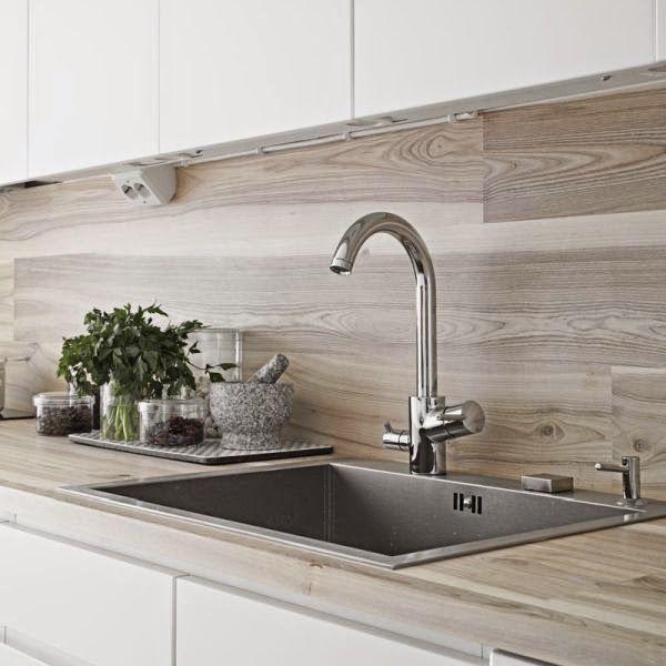 ideas-deco-como-decorar-cocinas-blancas-madera esta Pinterest