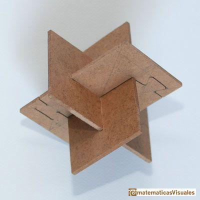 Construccin poliedros Icosaedro tres rectangulos ureos en