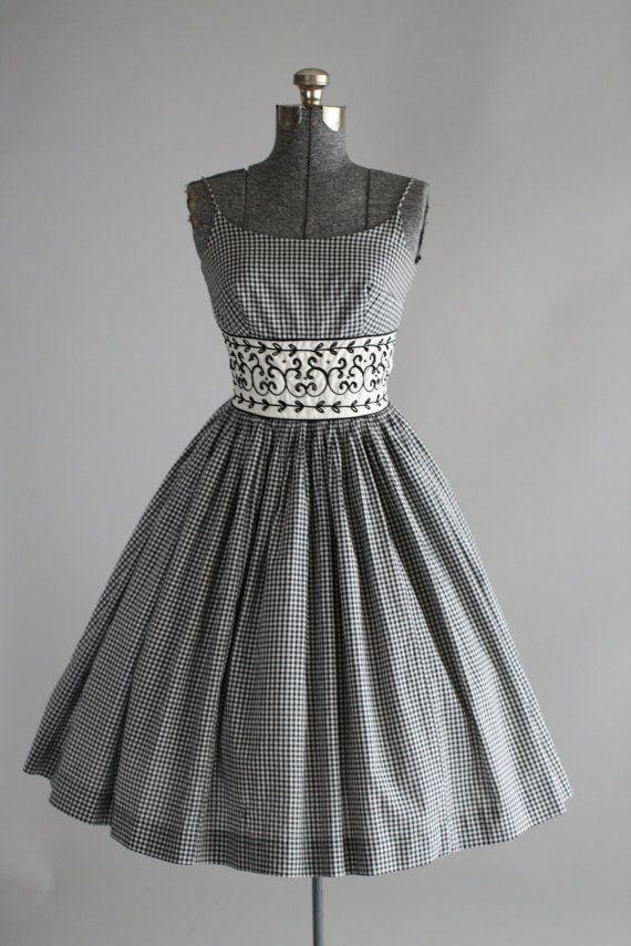 Abito vintage anni   50   50s cotone abito   bianco e nero Abiti Vintage  Degli e6020a3dd3f