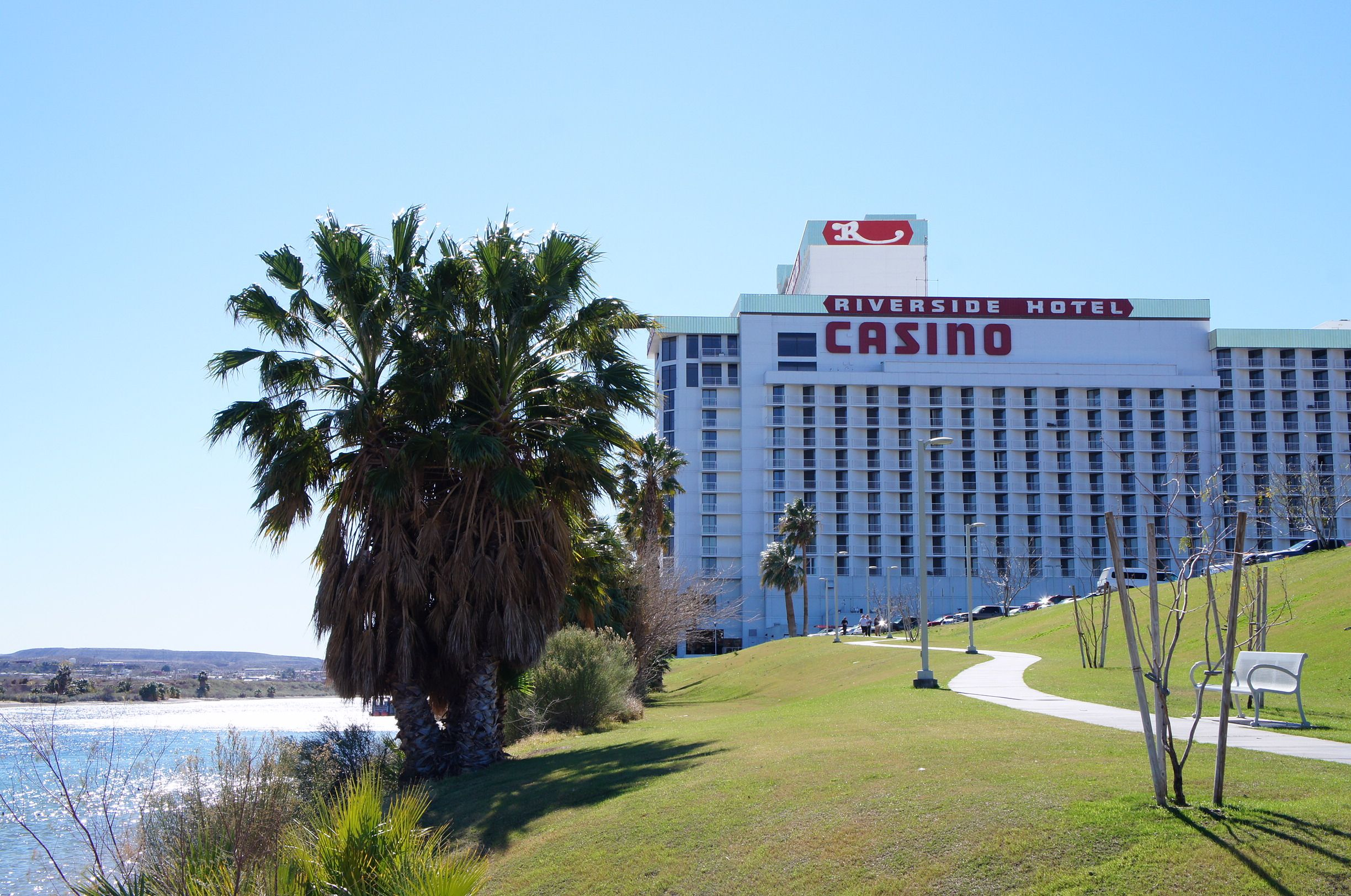 laughlin nevada riverside resort and river walk on the