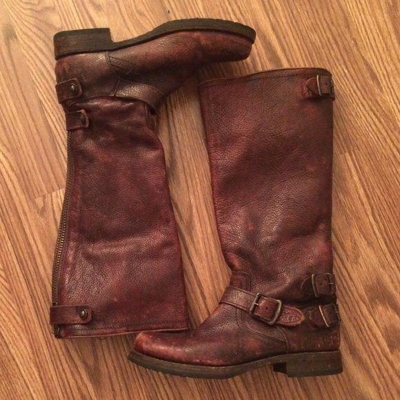 Frye Veronica Back Zip Boot Dark brown authentic Frye boots! Gently worn. Frye Shoes Combat & Moto Boots