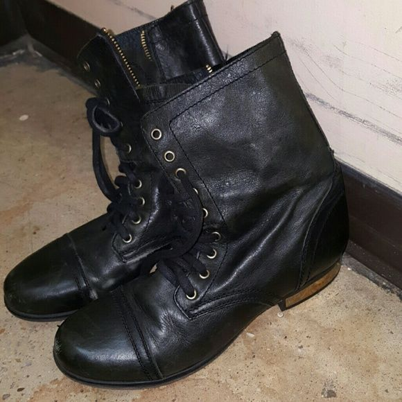 a0622b96ecb Steve Madden Troopa combat boots