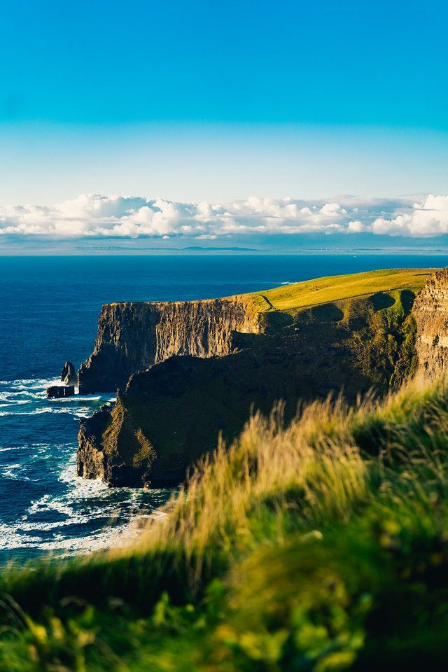 The cliffs of moher an hour before sunset #sunset #cliffsofmoher #cliffs #photography #landscapephotos