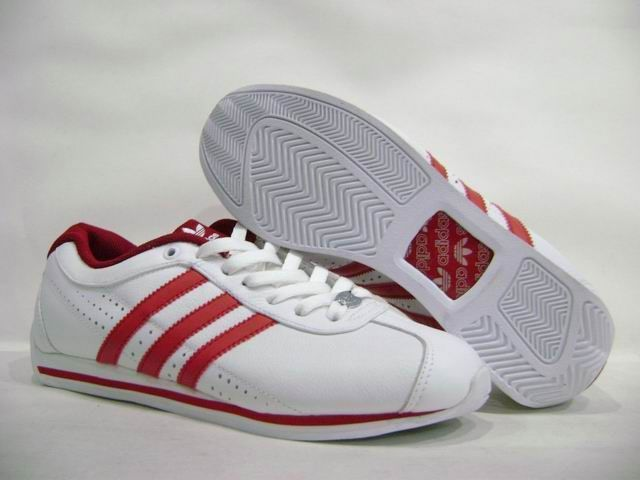 ADIDAS Womens Red White sneakers 1970's