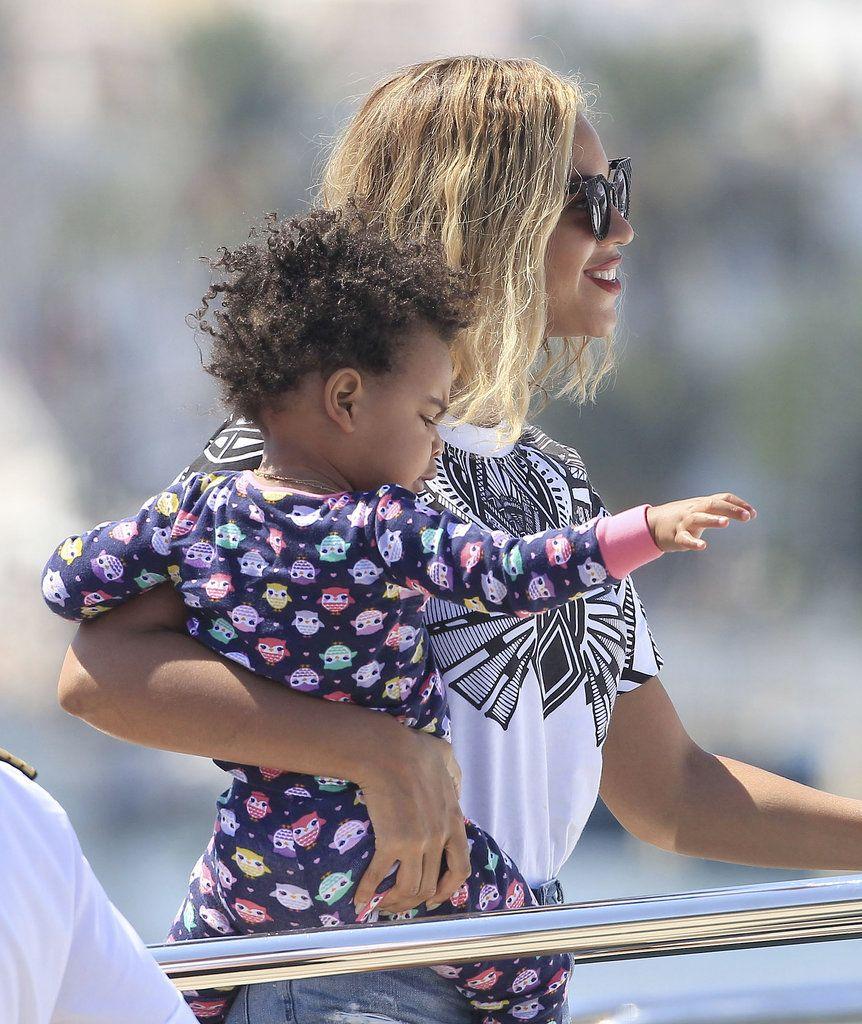 September S Most Adorable Celebrity Baby Pictures Blue Ivy Beyonce Blue Celebrity Moms