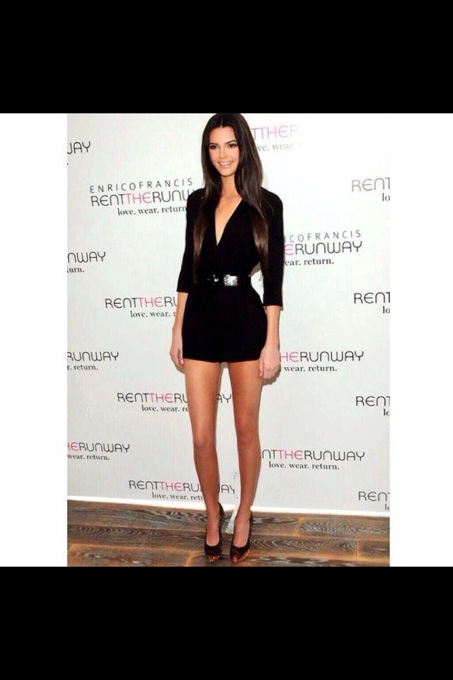 Kendall Jenner. Legs!