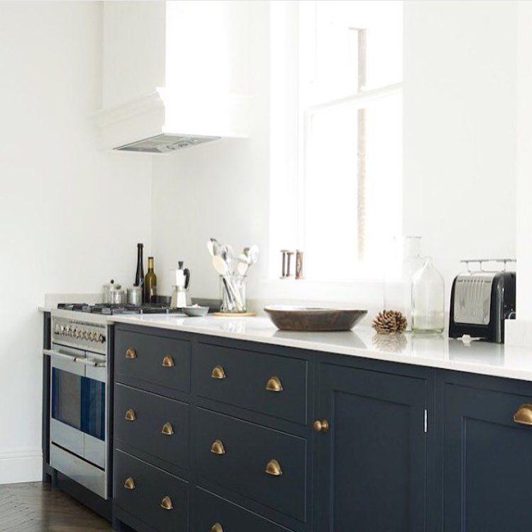 Green And Navy Kitchen: Armac Martin Handles / Dark Kitchen