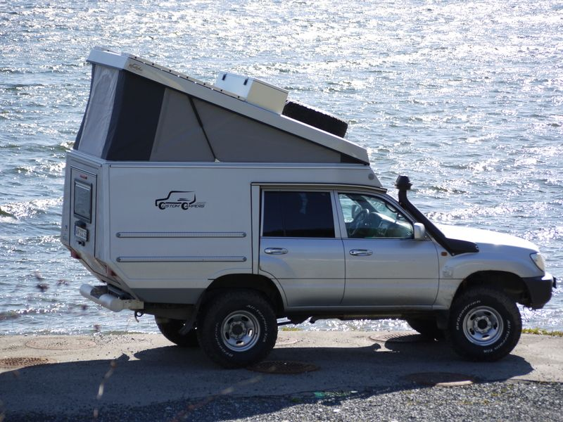 Custom Campers Toyota Hzj105 Trucks Vans Pinterest Camper